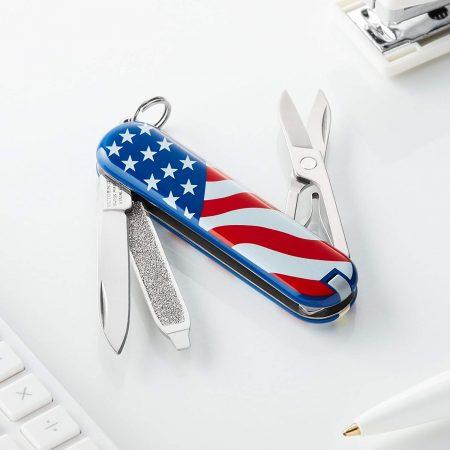 Classic Pocket Knife